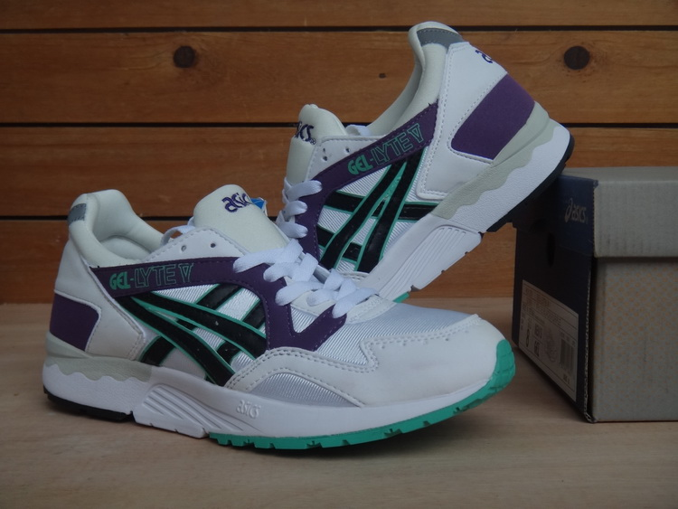 ASICS Gel Saga Gel Lyte V5 5 men shoes white purple